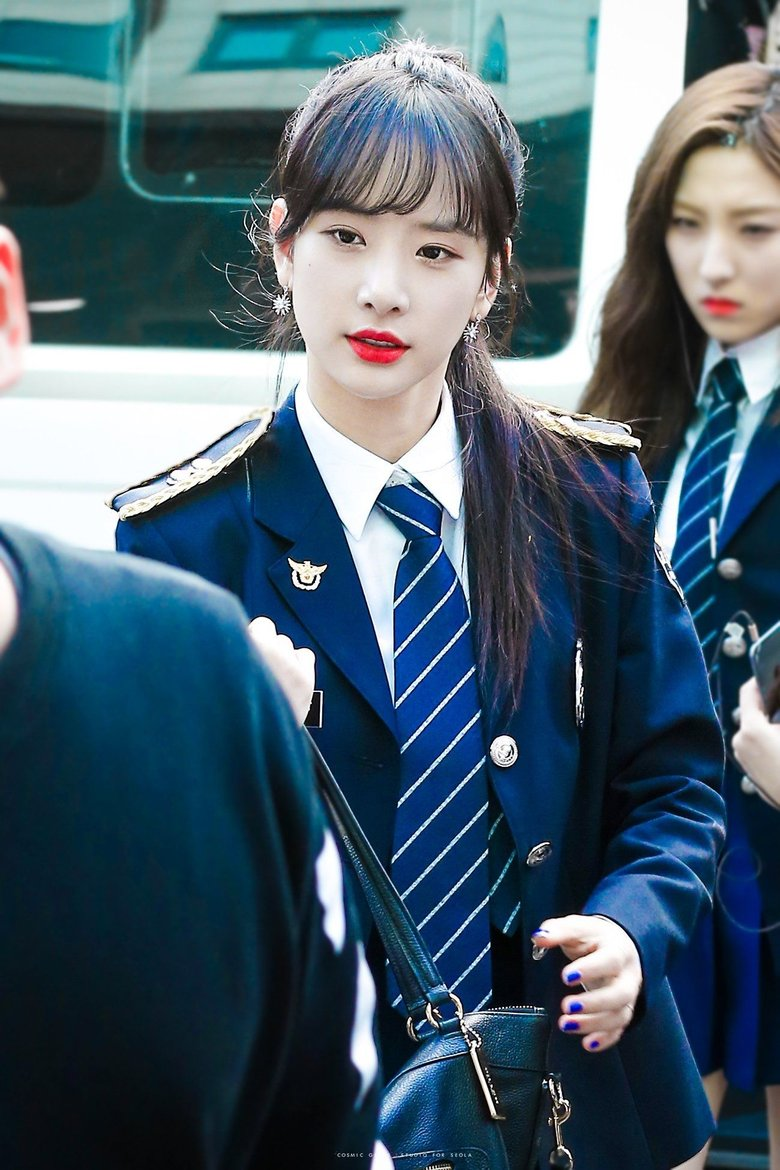 \ Idols Wearing Officer Uniforms