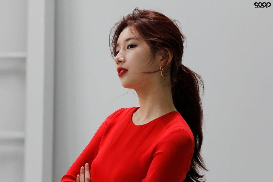 Amazing Modeling Bae Suzy Photoshoot Download