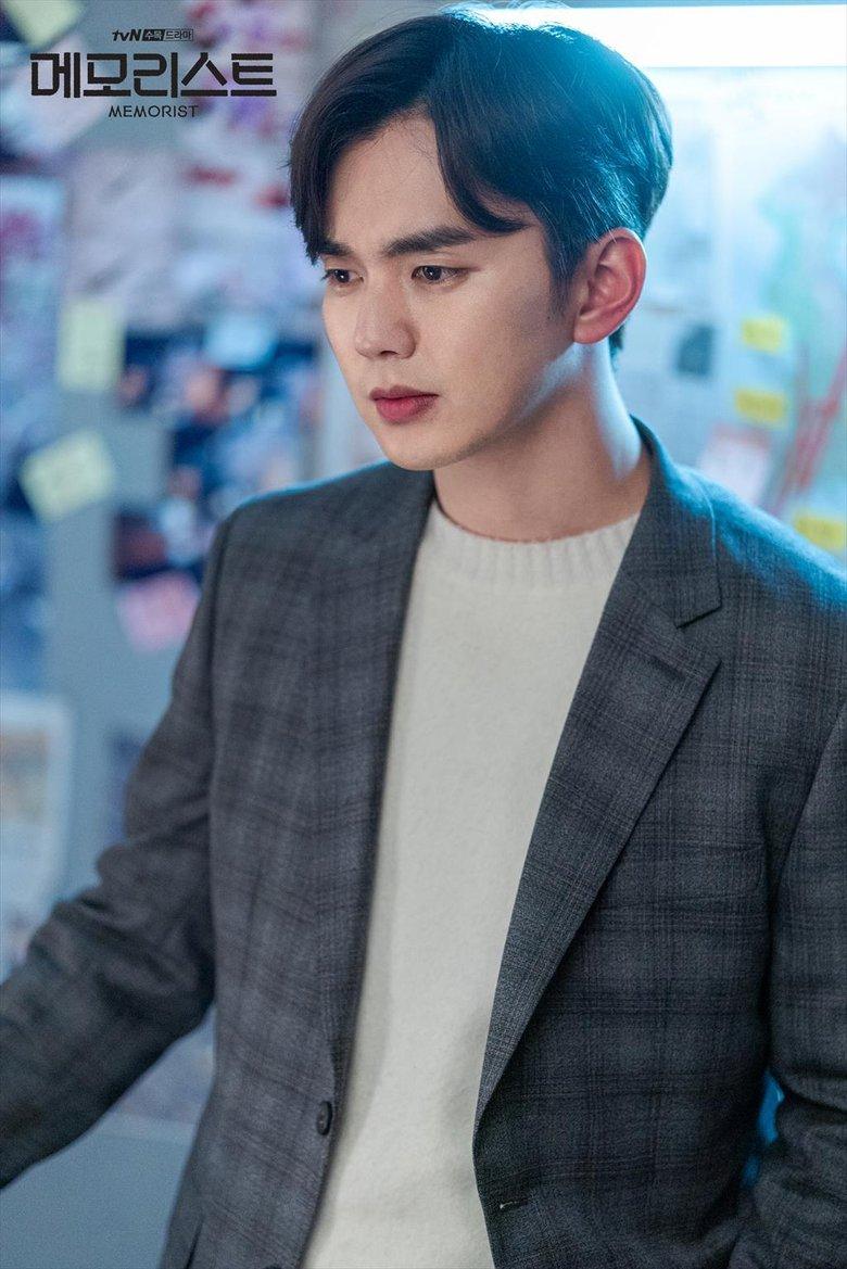 10 самых красивых корейских актеров по версии читателей Kpopmap (февраль 2021 г.)