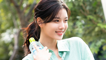 Kim YooJung, Commercial Shooting Behind-the-Scene